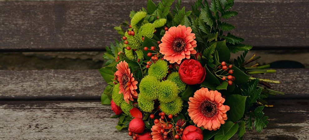 Top 5 Flowers for Older People this Christmas