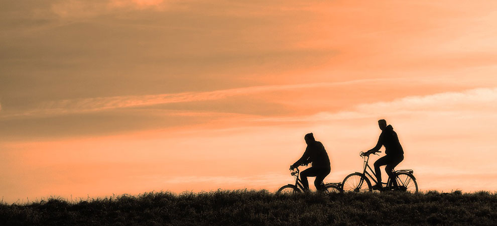 5 Benefits of Older People Cycling