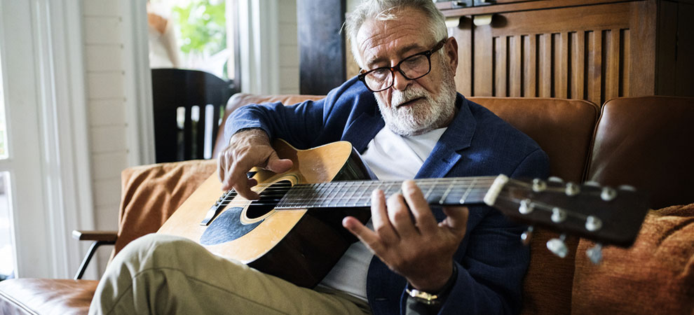 5 Musical Instruments for Older People to Learn
