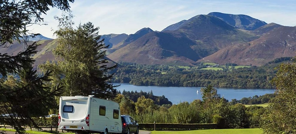 Best UK Caravan Holidays To Go On This Spring: Our Top 5 Ranked