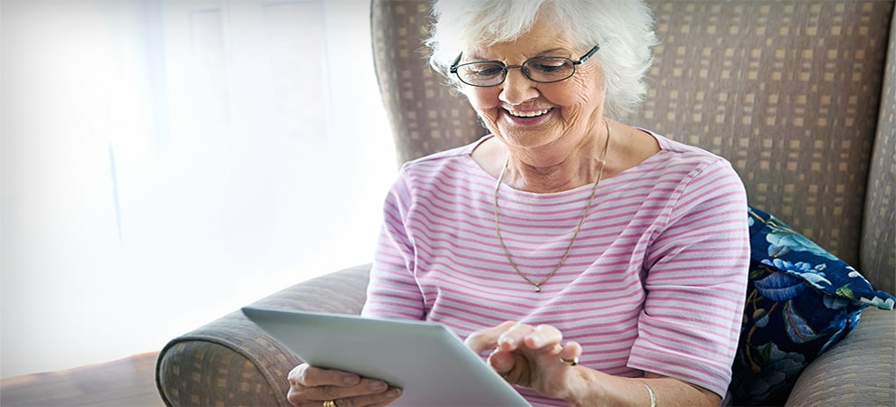 Best Tablet Games For The Elderly: Our Top 5 Ranked